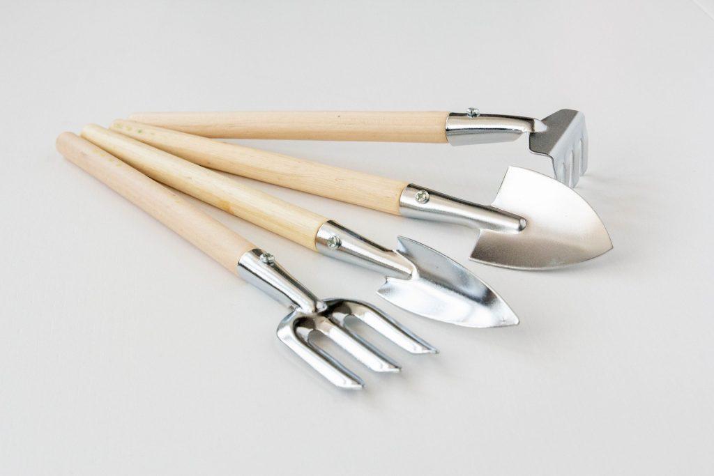 potager intérieur outils