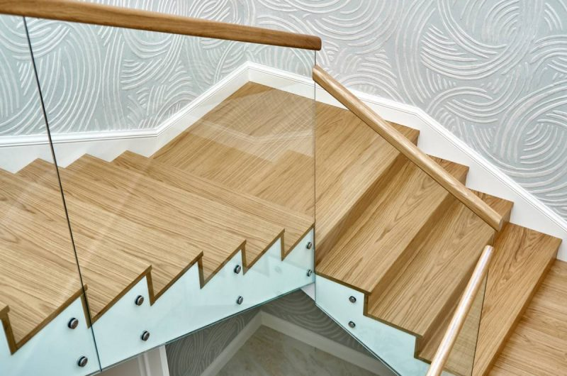 escaliers pourquoi.jpg